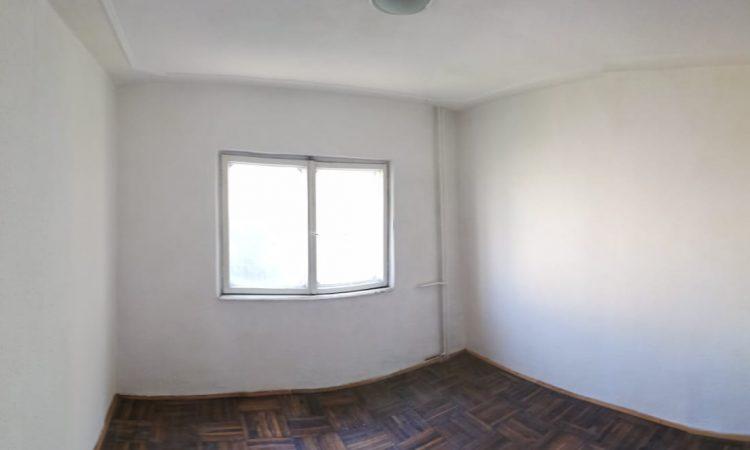 Apartament 3 camere etaj 2 Roman