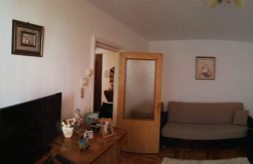 Vanzare apartament 2 camere etaj 2