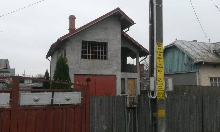 Vila la Rosu Horia