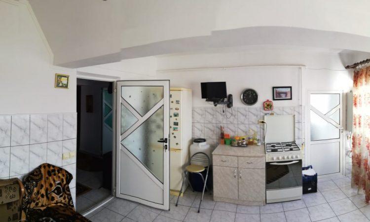 Vanzare apartament 4 camere ultracentral