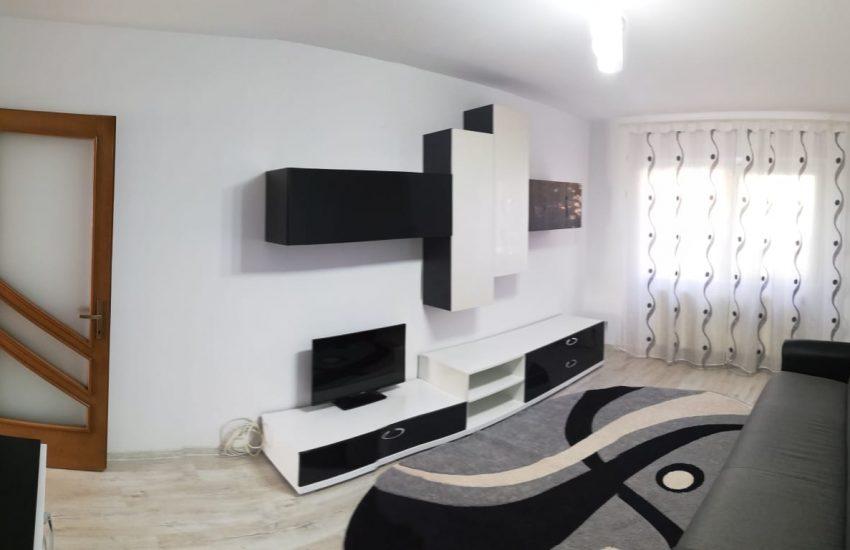 Chirie Apartament 2 Camere Roman