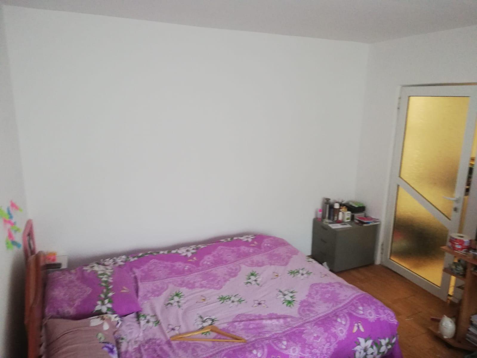 Apartament 2 camere etaj 1 decomandat