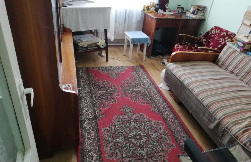 Apartament 3 camere decomandat Roman