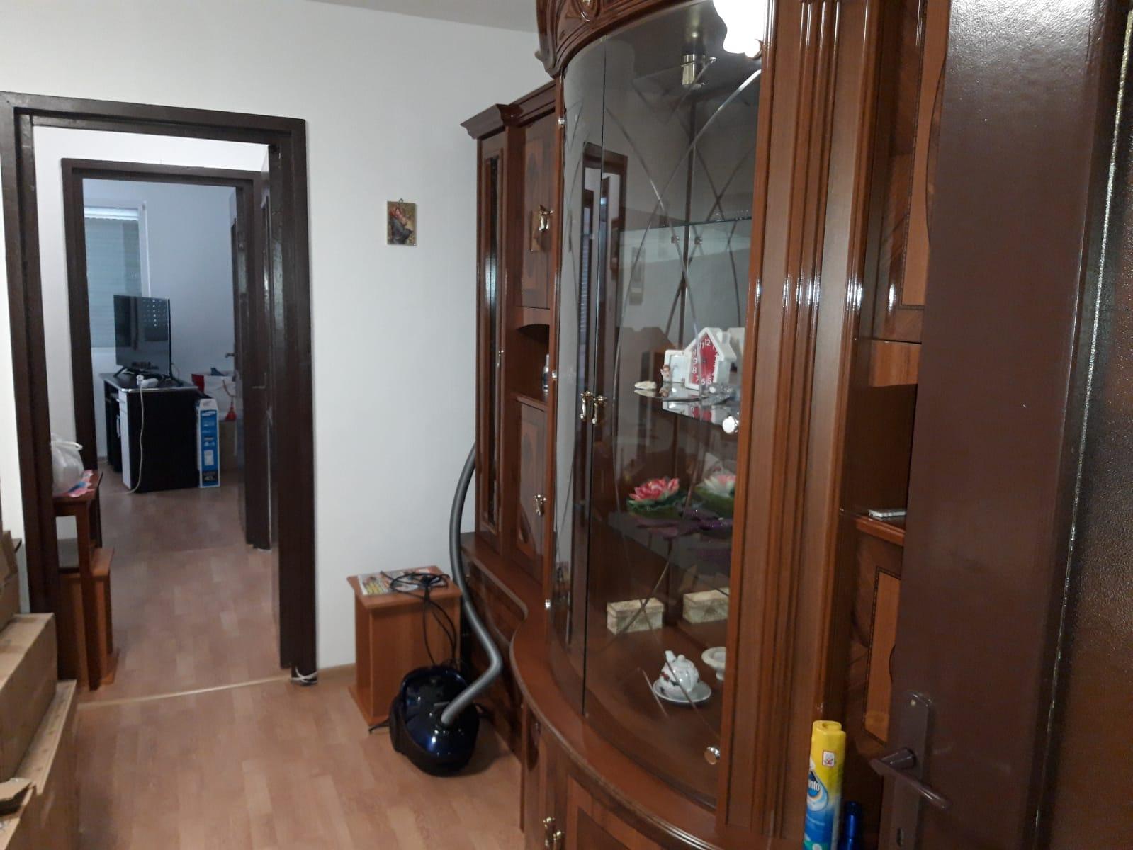 Apartament 2 camere semidecomandat 50 mp